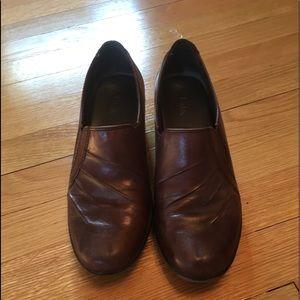 Clark's Brown Leather Shoe/Bootie  6 1/2 M